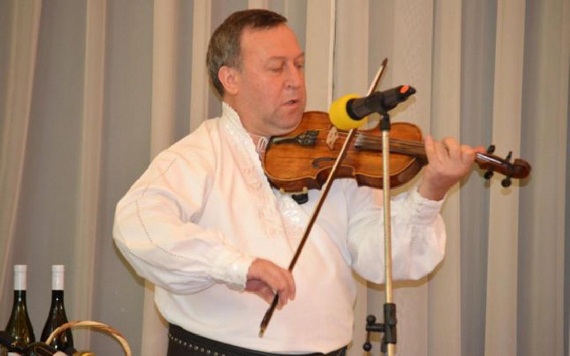 """Vești triste în lumea culturală. A murit dirijorul orchestrei """"Ţara Vrancei"""""""