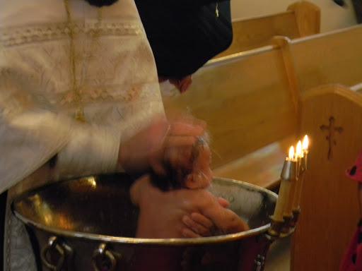 Bebeluș mort la botez. Mărturisirea tatălui