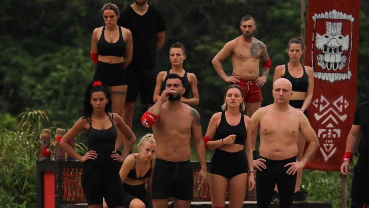 Survivor Romania, editie eliminatorie. Discutii private: Roxana Nemes si Simona Hapciuc