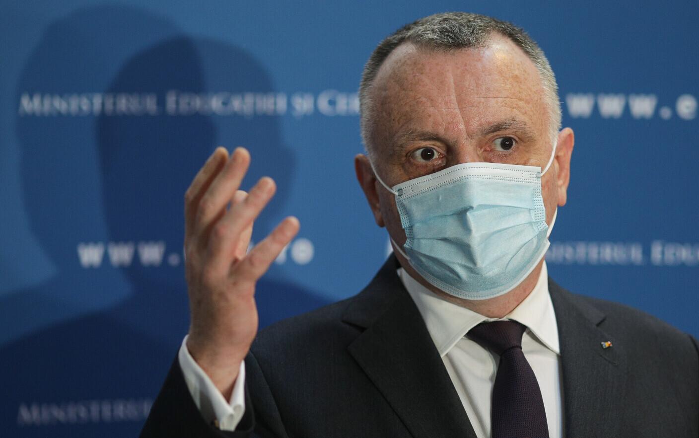 Ministrul Sorin Cîmpeanu a făcut anunțul despre vaccinarea cadrelor didactie