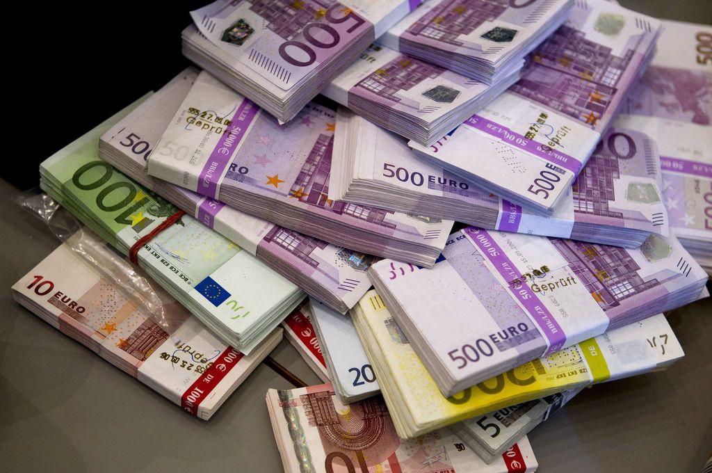 Curs valutar BNR 11 martie. Cât valorează euro azi, după șase creșteri consecutive