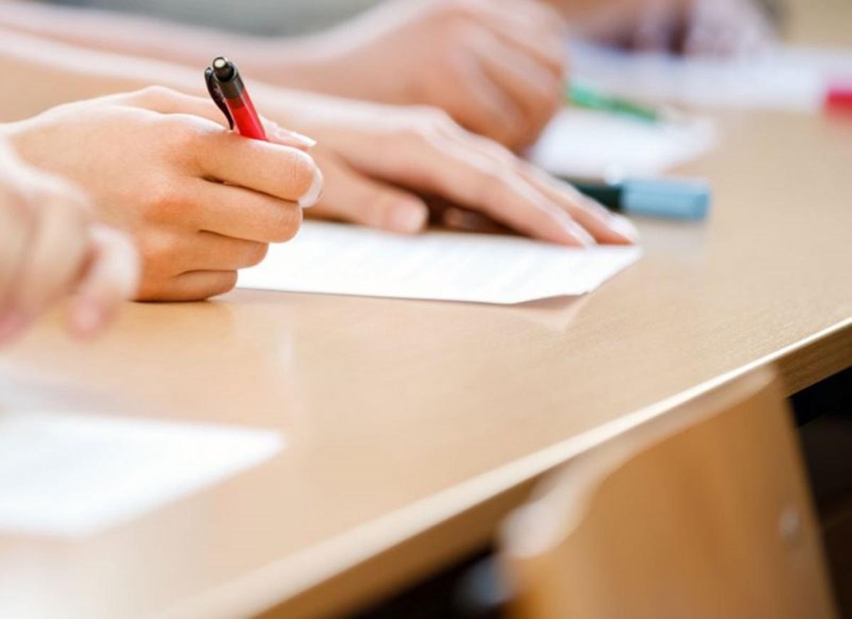 Evaluarea Națională 2021. Când dau examenele elevii din localitățile carantinate