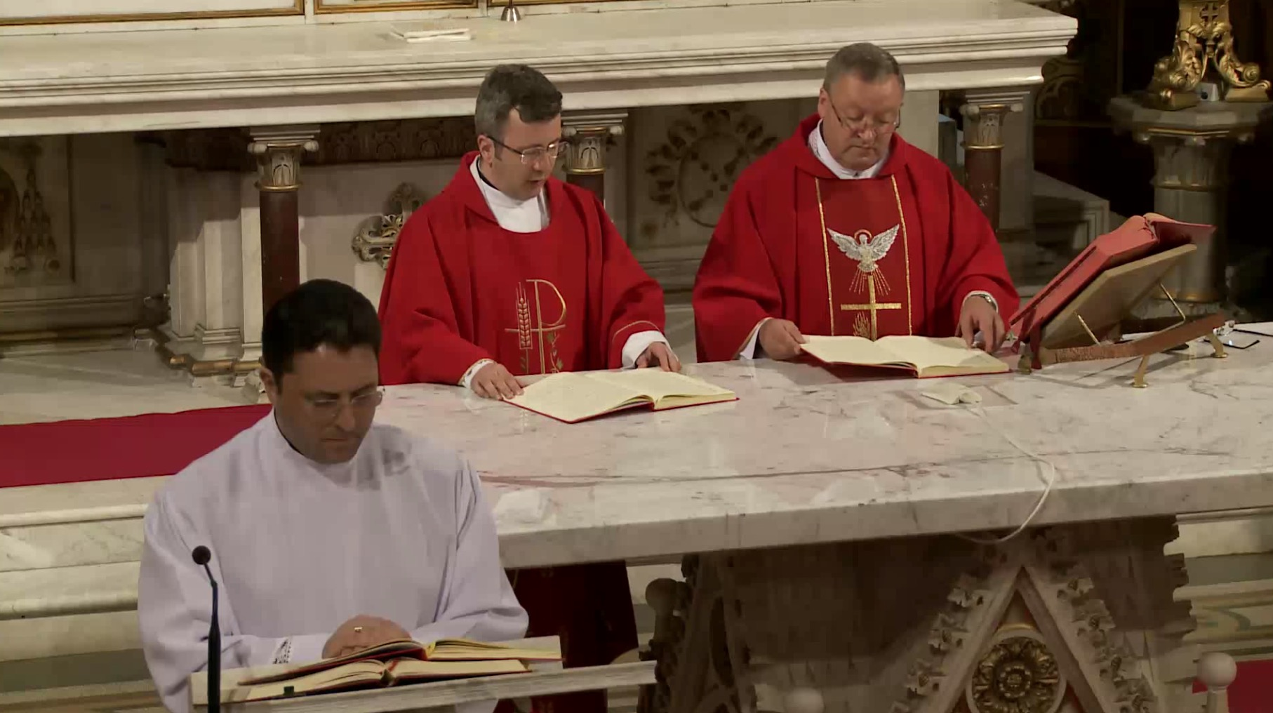 Vinerea Sfântă (Mare) la Catolici. Ce este recomandat să faci seara chiar dacă ești Ortodox