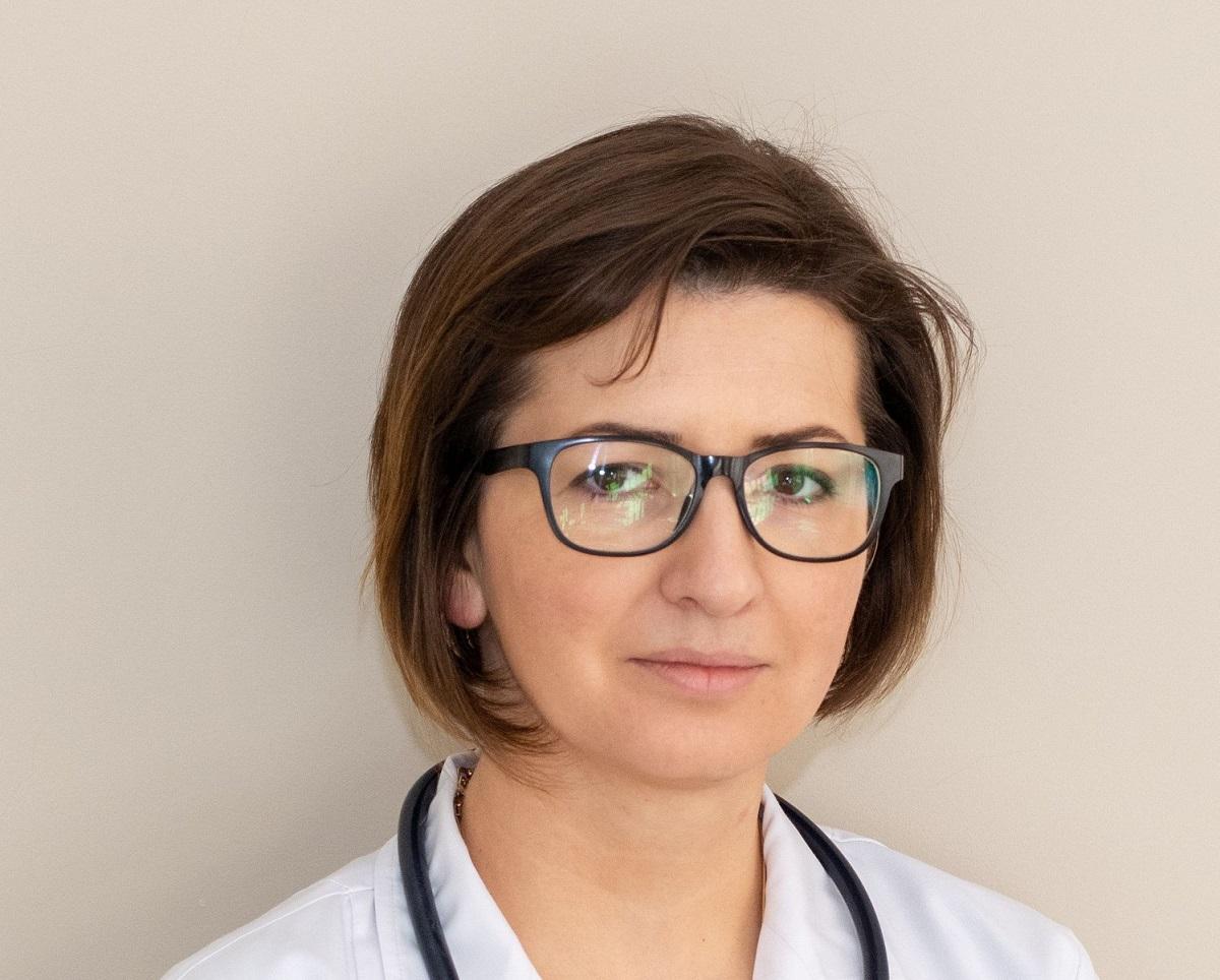 """Ministrul Sănătății despre valul 3 al pandemiei: """"nu înseamnă că am scăpat"""". Câți români au murit de Covid-19"""