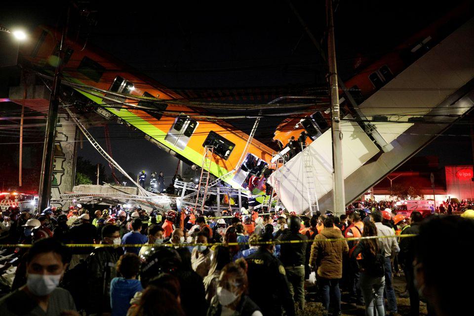 Un pasaj de la metrou din Mexico City s-a prăbușit - 15 morți și 70 de răniți