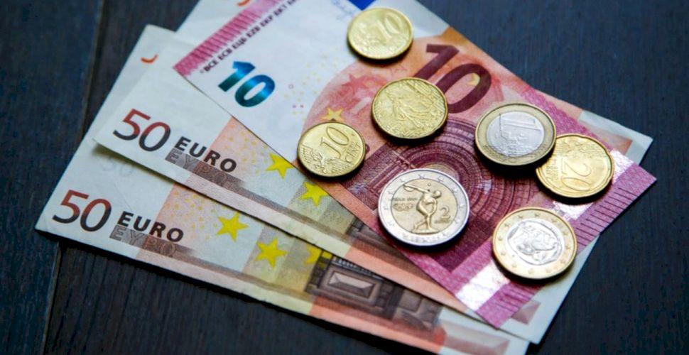 Curs valutar BNR 14 iunie 2021. Moneda euro se prăbușește la primul curs valutar din săptămână