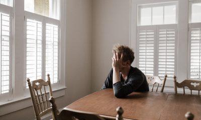 Uleiul CBD are efect calmant și poate reduce anxietatea la oameni